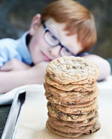photos_cookies_stack_w_boy